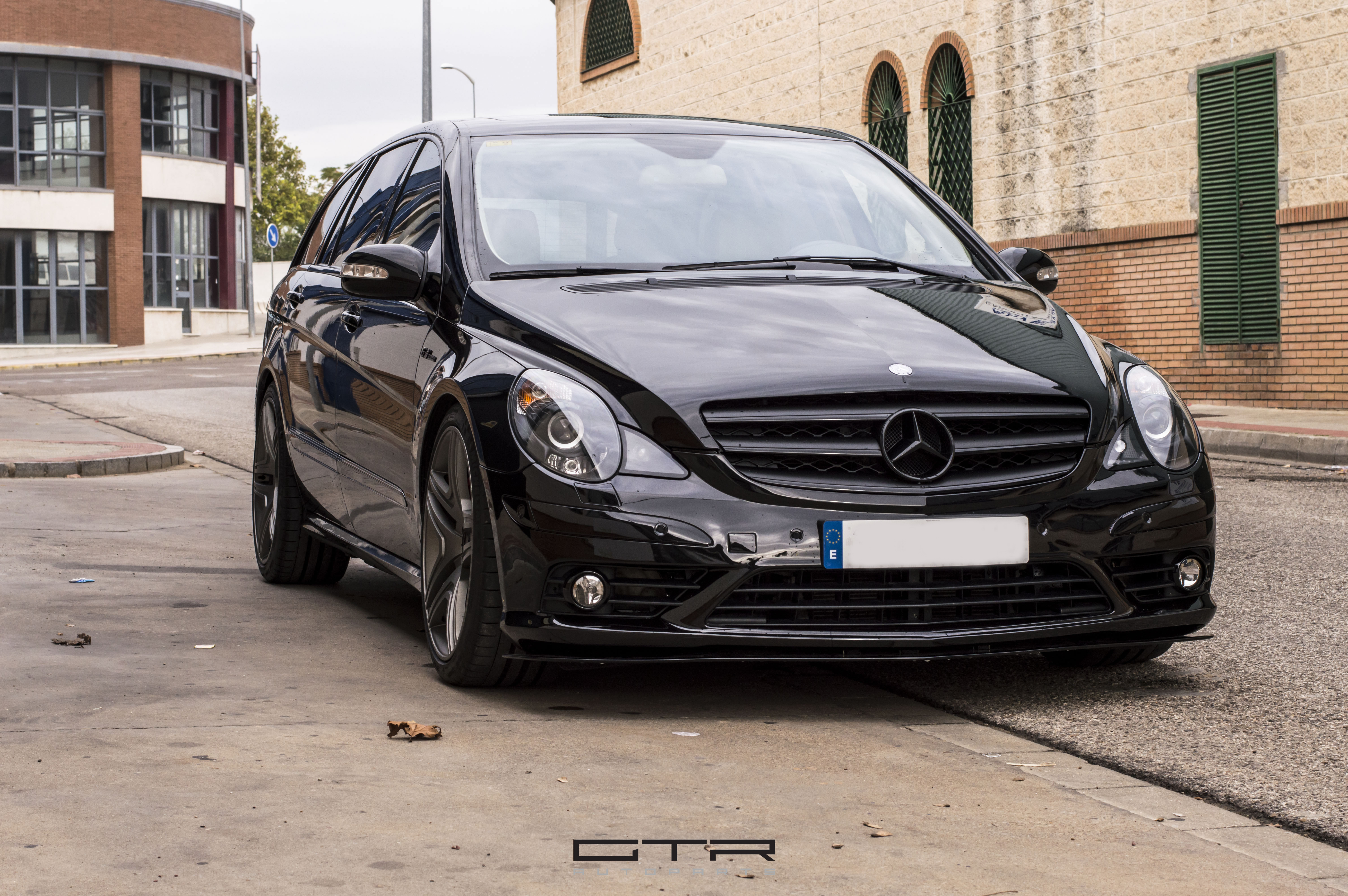 Mercedes Benz r63 Amg By GTRAutoparts
